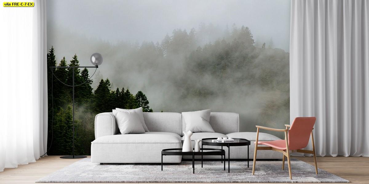 ห้องนั่งเล่นสีโทนเย็นสบายตา ให้ความรู้สึกสัมผัสธรรมชาติไปกับวอลเปเปอร์ภาพวิวป่าไม้และหมอกหนา